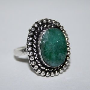 NWOT Silver and emerald green ring size 8